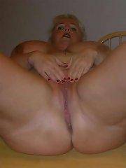 Amateur plumper Daphne Stone tit play