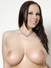 Busty Babe Gianna Michaels Lubes Up Her Tits And Shows Them Off In This Photo Set