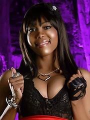 Aggressive and submissive TS Sexxxy Jade