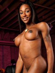 Amazing ebony tgirl goddess Natalia Coxxx posing