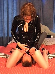 Fem domme sits on a guys face