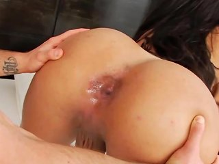 Bootylicious Ts Beauty Screwed And Blasted With Cum