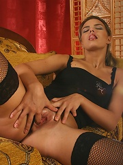 Sweet Vicky flashes lovely tits n ass in two exciting video clips
