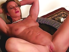 Strong Muscular Mature Mom With Tight Pussy Free Porn 69