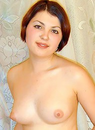 Naked chubby babe