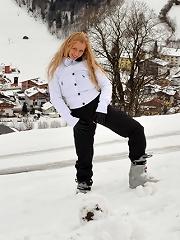 Anna Safina 4 Apres Ski in Austria 2010-06-05