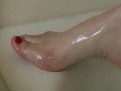 beautyful tits, hairy pussy, hairy pits, orgasm in shower