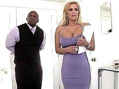 Fabulous Slutty Big Breasted Blonde Milf Shyla Styles Wanna Take Bbc Into Slit