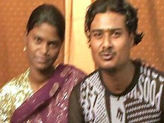 Pregnant Indian Mommy Shooting Fresh Milk