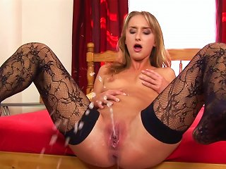 Nude Sologirl Is Pissing Indoors