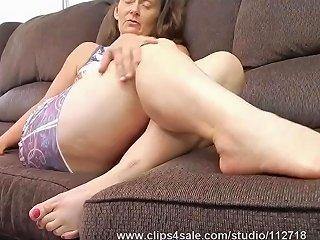 Mature Biker Girl Granny Feet Amp Soles Joi