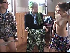 Amateur Lesbian Group Muffdive amateur sex