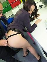 free asian gallery Ibuki the pervy secretary...
