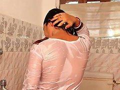 Cornea Housewufe Desi Big Nipple Show