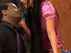 Mature Hussy India Pleasures A Black Dong
