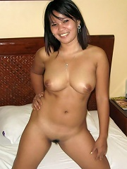 Sexy assed Pinay amateur has sex with white tourist