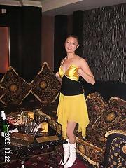 Chinese amateur sucks her boyfriend cock